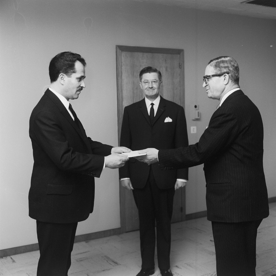 Presentation of the credentials of the Head of the Mission of Yugoslavia to Jean Rey, President of the CEC