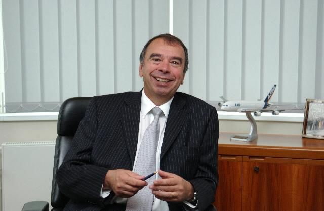 Claude Chêne et Francisco García Morán, directeurs généraux,  à la CE