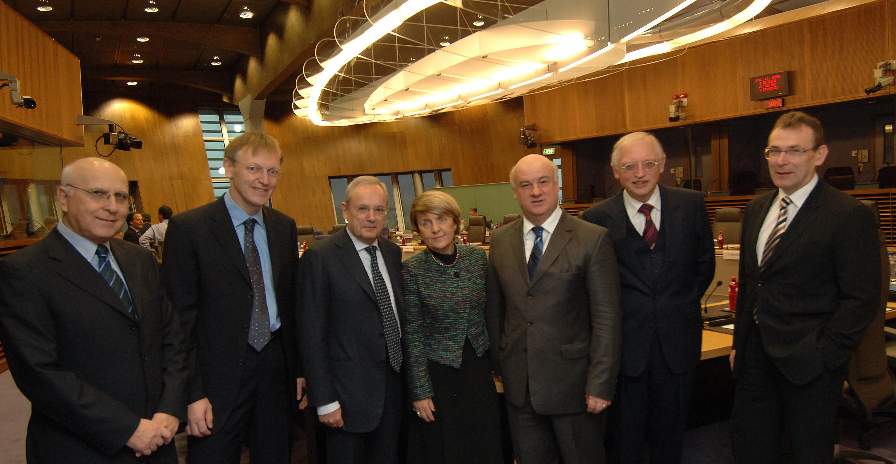 Réunion de la Task Force maritime constituée des membres de la CE chargés des politiques liées à la mer