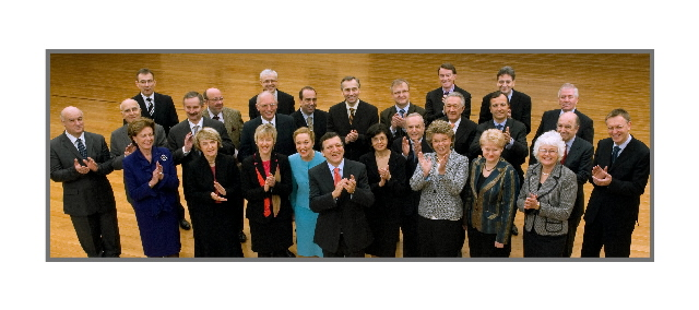 Group photo of the Barroso Commission after the 2007 enlargement