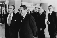 François-Xavier Ortoli and Henry Kissinger (left to right)