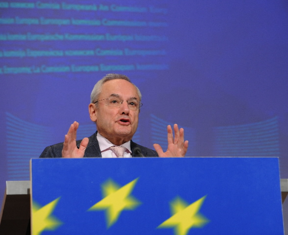 Press conference by Jacques Barrot, Member of the EC, on the free movement of persons
