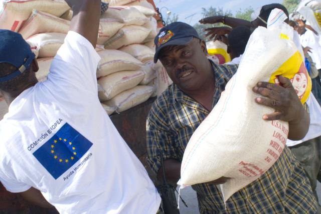 Earthquake in Haiti: illustration of the EU humanitarian aid