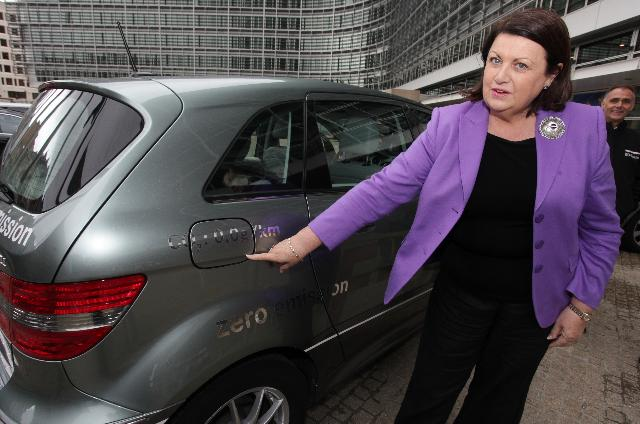 Test-drive by Maire Geoghegan-Quinn, Member of the EC, of a vehicle with zero CO2 emissions