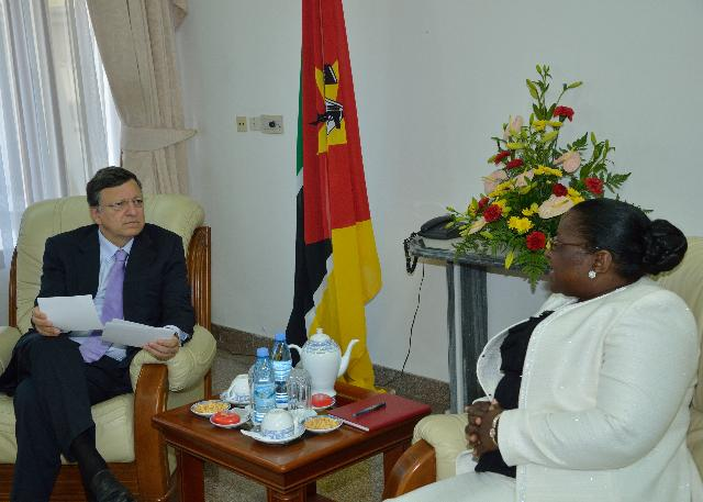 Visit of José Manuel Barroso, President of the EC, and Andris Piebalgs, Member of the EC, to Mozambique