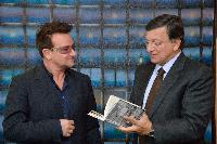Visit of Bono, musician, leader of the group U2, co-Founder and Spokesperson of the