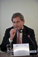 Visite de Johannes Hahn, membre de la CE, en Grèce