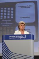 Conférence de presse conjointe de Viviane Reding, vice-présidente de la CE, et Algirdas Šemeta membre de la CE, sur la proposition de la CE pour l'instauration d'un Parquet européen