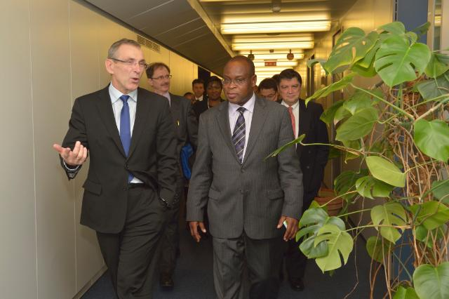 Visit of Maxwell M. Mkwezalamba, Malawian Minister for Finance, to the EC