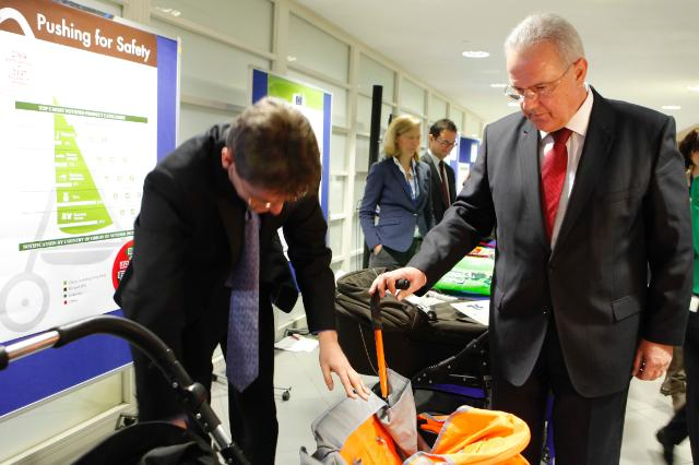 Press conference by Neven Mimica, Member of the EC, on the 10th annual report of the results of the European rapid alert system for dangerous products