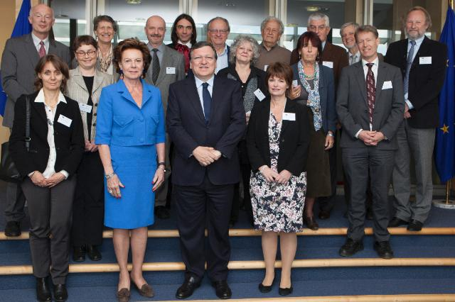 "Illustration of ""Visit of Members of the Science and Technology Advisory Council to the EC"""