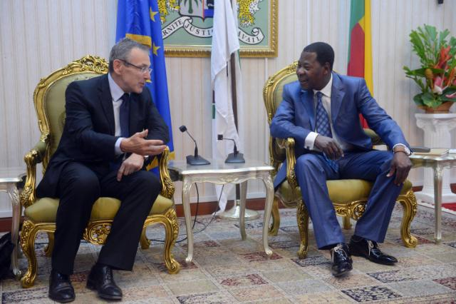 Visit of Andris Piebalgs, Member of the EC, to Benin