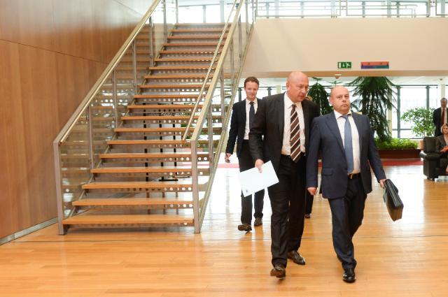 Tour de table de la réunion trilatéralle UE-Russie-Ukraine sur le gaz