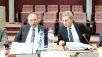 Günther Oettinger, on the right, and Klaus-Dieter Borchardt, Director at the DG Energy of the EC