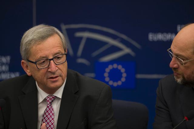 Participation de Jean-Claude Juncker, président de la CE, à la session plénière du PE pour présenter la création d'un nouveau plan stratégique d'investissement de l'UE