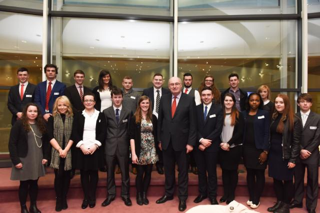 Visit of a group of Irish university students to the EC