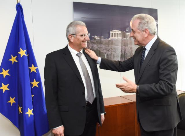 Visite d'Andros Kyprianou, secrétaire général du comité central de l'AKEL, à la CE