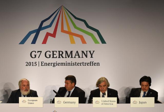 Participation de Miguel Arias Cañete, membre de la CE, à la réunion ministérielle du G7 sur l'Énergie, 11-12/05/2015, Hambourg