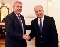 Visite de Dimitris Avramopoulos, membre de la CE, en Croatie
