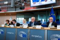 Audition de Jean-Claude Juncker, président de la CE, durant une réunion de la Commission d'enquête 'PANA' du PE
