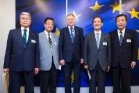 Visite de plusieurs membres du quartier général pour les accords de partenariat économique Japon/UE et autres du Parti libéral-démocrate du Japon, à la CE