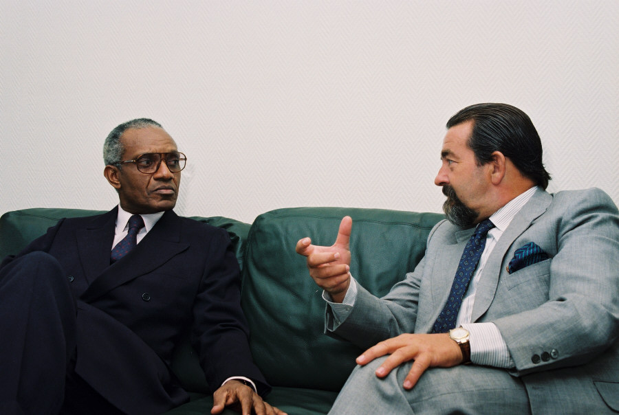 Visit of Miguel Trovoado, President of São Tomé and Príncipe, to the EC