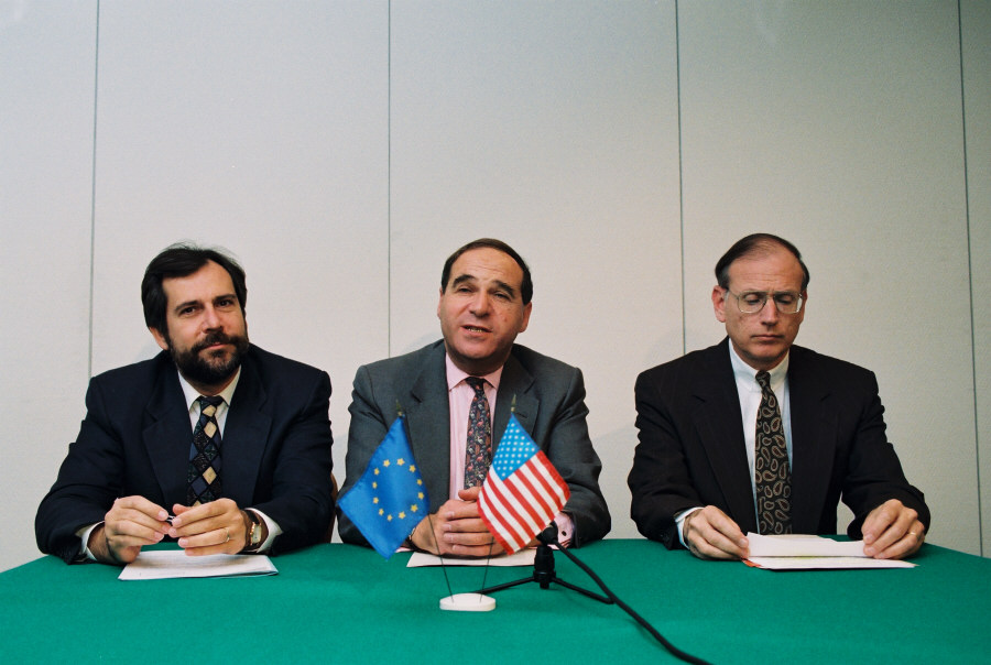 Signature of the US/Euratom Agreement for Peaceful Nuclear Cooperation