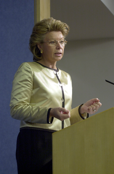 Press conference by Viviane Reding, Member of the EC