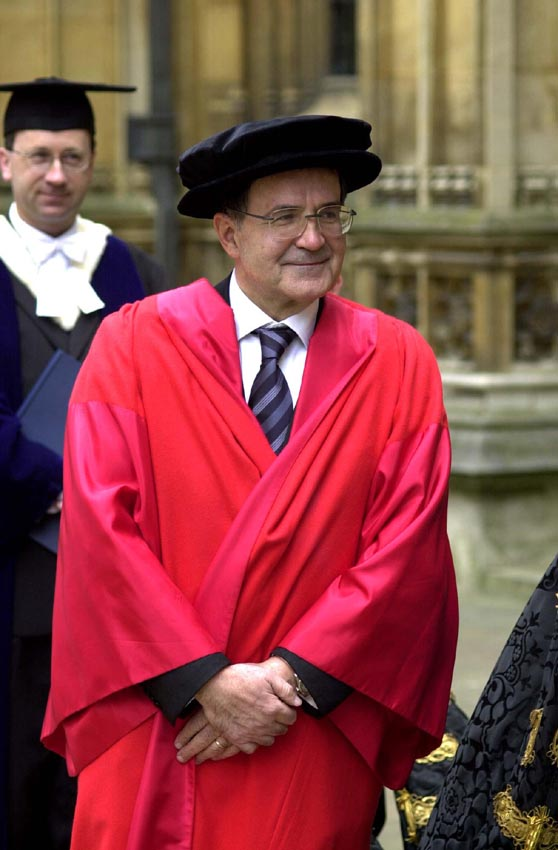 Award of the title of Doctor Honoris Causa by the University of Oxford to Romano Prodi, president of the EC