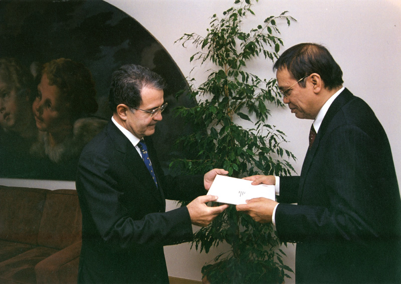 Presentation of the credentials of the Heads of Mission to the EC to Romano Prodi, President of the EC
