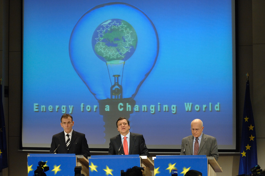 Press conference by Andris Piebalgs, José Manuel Barroso and Stavros Dimas on the energy