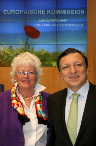 José Manuel Barroso, President of the EC and Mariann Fischer Boel, Member of the EC, at the  Grüne Woche (Green Week) in Berlin