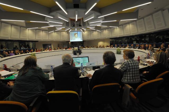 Participation d'Androulla Vassiliou, membre de la CE, à la 14e conférence DG Interprétation-Universités