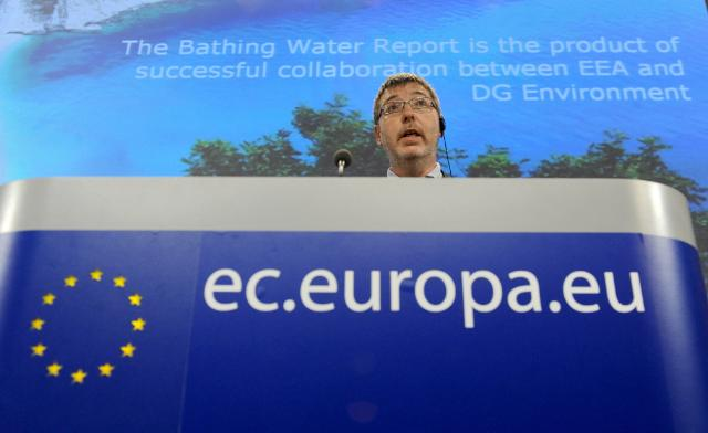 Joint press conference by Janez Potočnik, Member of the EC, and Peter Kristensen, Project manager at the EEA responsible for Integrated water resource management, on the annual bathing water report