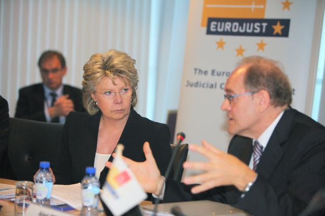 Visit of Viviane Reding, Member of the EC, to Eurojust