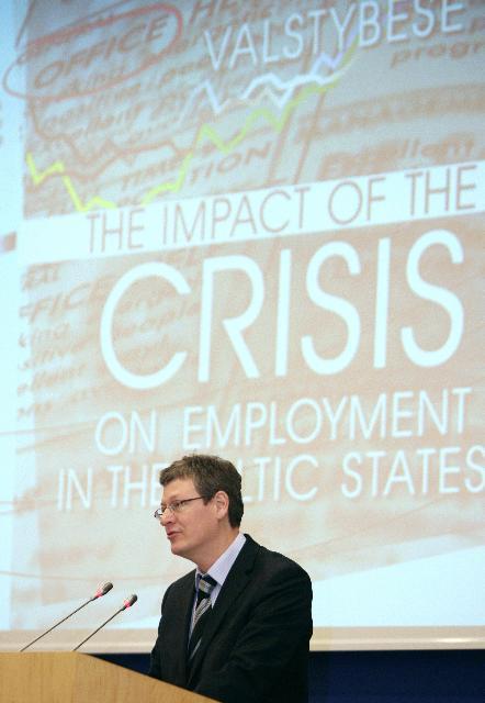 Participation de László Andor, membre de la CE, à la conférence intitulée L'impact de la crise sur l'emploi dans les États baltes, organisée à Vilnius