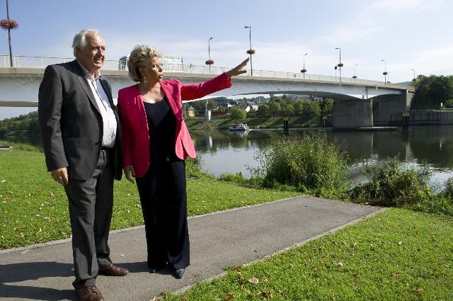 Visite de Viviane Reding, vice-présidente de la CE, à Schengen