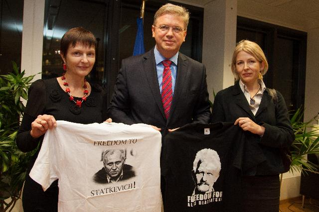 Visit of Natalia Pinchuk and Marina Adamovich, wives of political prisoners in Belarus, to the EC