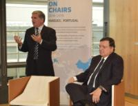 Paulo Parra, on the left, and José Manuel Barroso, seated in a chair designed by the latter