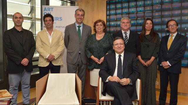 Visit of Members of the 'Art on Chairs' project to the EC