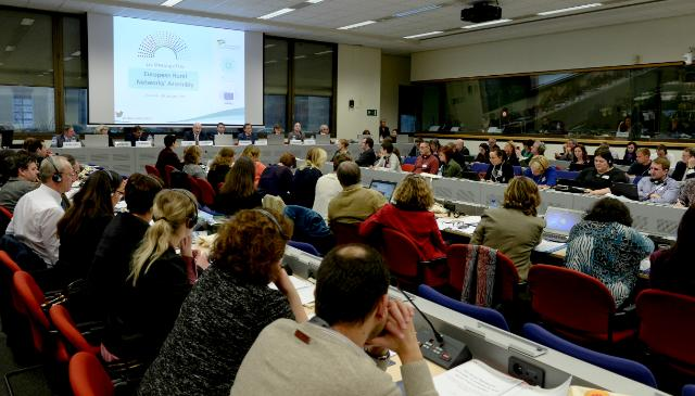 Participation of Phil Hogan, Member of the EC, at the first meeting of the European Rural Networks Assembly