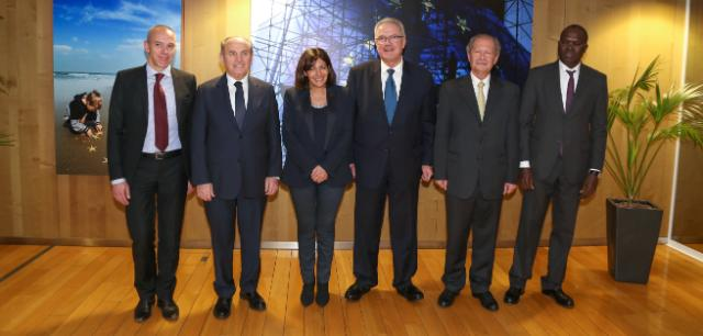 Signature of the strategic partnerships with representatives of five of the main regional associations of local authorities