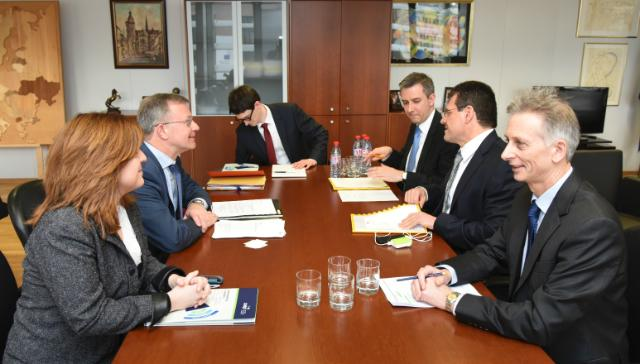 Visite d'Hans-Joachim Reck, président du CEEP, et Valeria Ronzitti, directrice du CEEP, à la CE