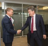 Visit of Paul Goldsmith, New Zealander Minister for Commerce and Consumer Affairs, to the EC