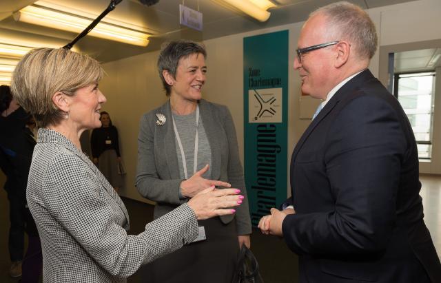 Visite de Julie Bishop, ministre australienne des Affaires étrangères, à la CE