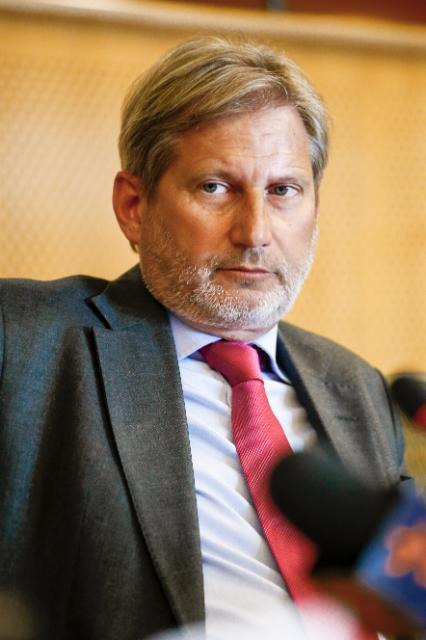 Participation de Johannes Hahn, membre de la CE, à la conférence Partenariat oriental - Un partenariat de libre choix, organisée au PE