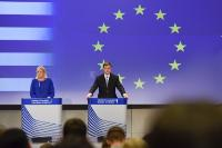 Joint press conference by Valdis Dombrovskis, Vice-President of the EC, and Corina Creţu, Member of the EC, on the follow-up of the agreement reached on Greece during the Eurozone Summit