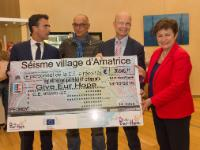 Handing over of a cheque to the Italian Red Cross and Give Eur-Hope, by Kristalina Georgieva, Vice-President of the EC, for the victims of the earthquake in Central Italy