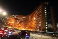 Les bâtiments Berlaymont et SEAE éclairés en orange pour la campagne des Nations unies 'Tous UNIS pour mettre fin à la violence à l'égard des femmes'
