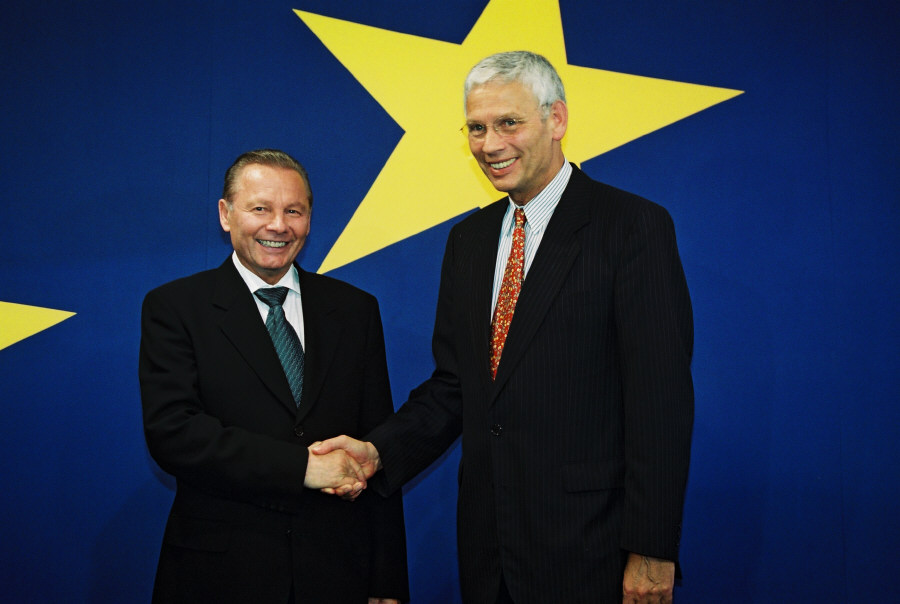 Visit of Rudolf Schuster, President of Slovakia, to the EC